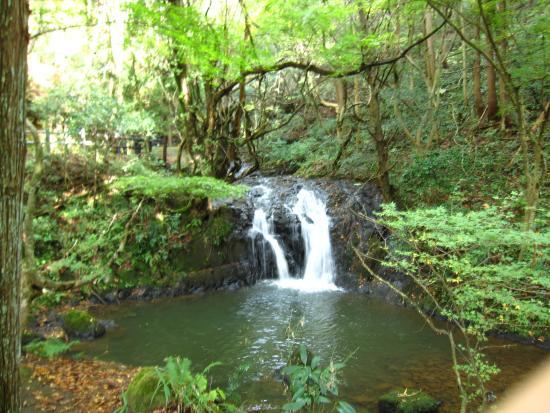 Nanatsudaki Falls