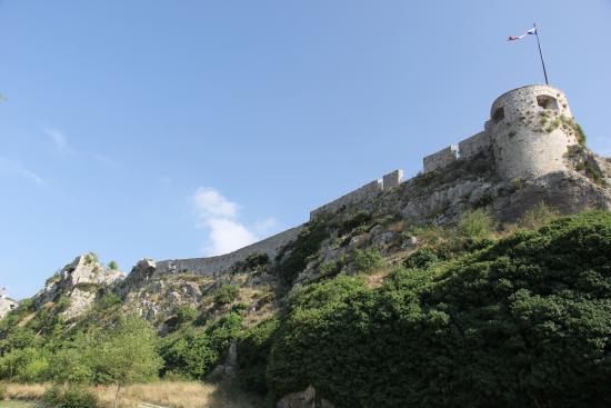 Klis, Croacia: Castelo externamente