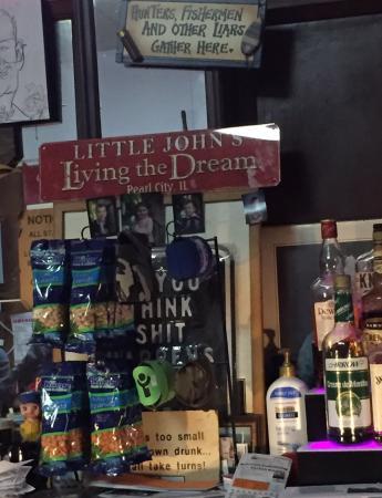 Pearl City, IL: Little Johns Tap