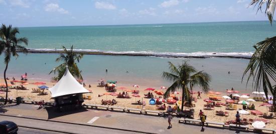 Grand Mercure Recife Boa Viagem: Vista da área da piscina