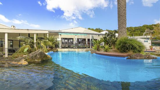 Paihia Pacific Resort Hotel: SWIMMING POOL