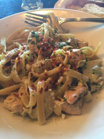 Toscana Italian Grill: salmon pasta with lots of fish