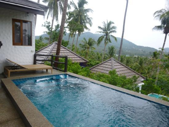 Anankhira Villas: piscine