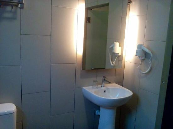 Mentakab Malaysia  City new picture : Mentakab, Malaysia: Nice bathroom, great shower