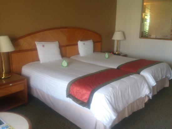 hotel nikko guam: ベッド