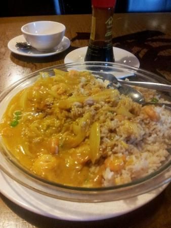 Choy's: Curried Prawns with Fried Rice
