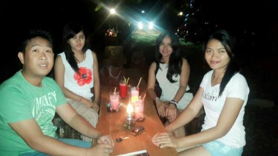 Lovina Beach Resort: Party @warung lais lovina nice places