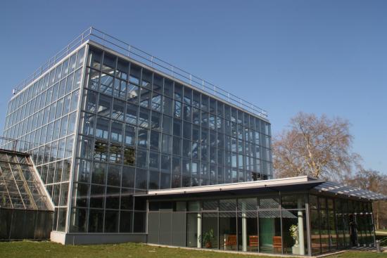 Gruson Gewaechshaeuser: Außenansicht und Eingang