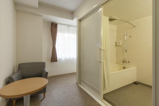 Comfort Hotel Yokohama Kannai : Guest room