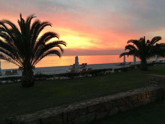 Sani Asterias Suites: Sunset view from the room