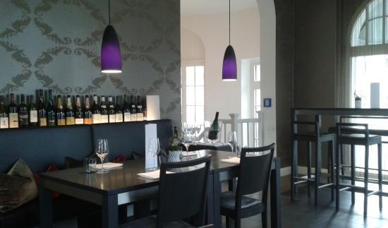 bean&beluga: Innenansicht Weinbar