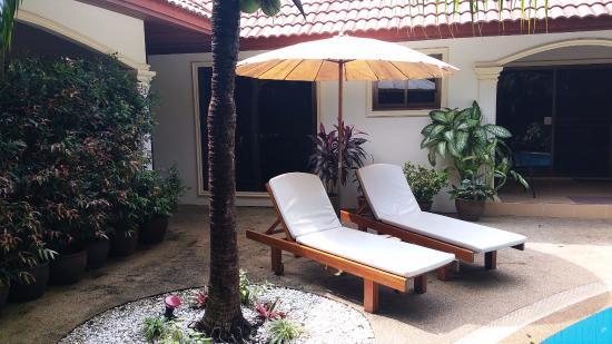 Coconut Paradise : garden