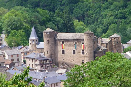 Coupiac, France : Vue du chateau