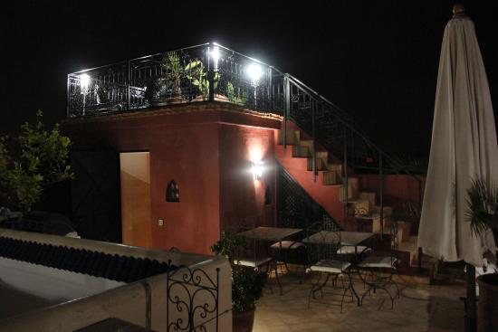 Riad Mboja : la double terrasse