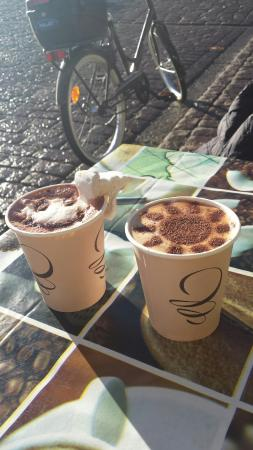 Nieto'S: Coffee, Hot Chocolate & Cuisine