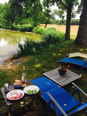 Sambin, Fransa: Relaxing