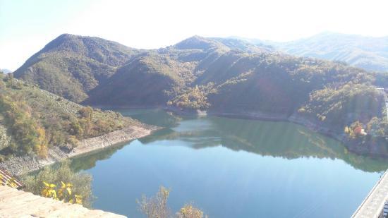 B b la casetta sul lago colle di tora 0 for Casetta sul lago
