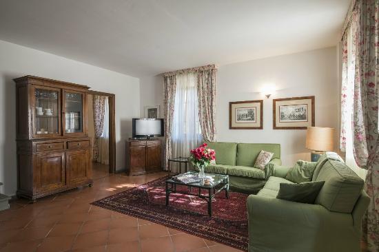 Villa Agostoli: salotto