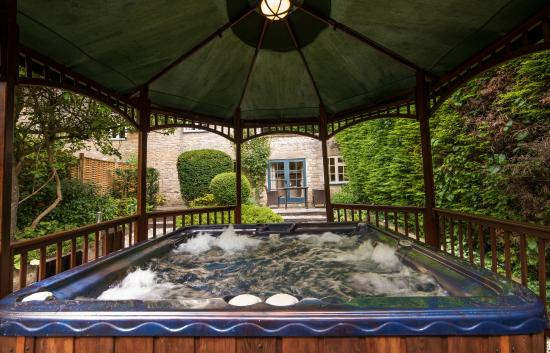 The Swan Hotel: Private Hot Tub at The Swan