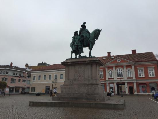 Statyn på Kungstorget