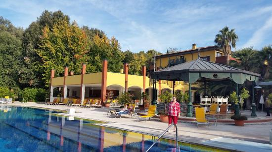 Outdoor Pool Picture Of Parc Hotel Gritti Bardolino