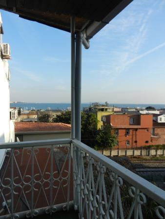 Historia Hotel: lovely balcony
