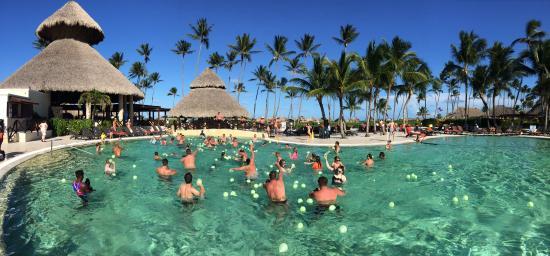 Hauptpool - Picture of Now Larimar Punta Cana, Bavaro - TripAdvisor