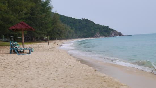 Twin Beach Resort: Beach