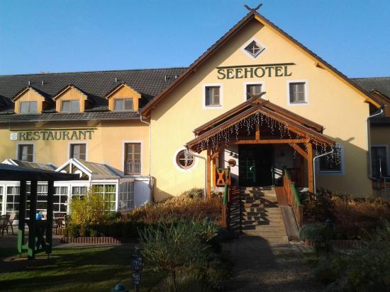 Seehotel Burg im Spreewald: Hotel Eingangsbereich