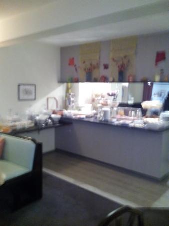 Garden Hotel: Sala colazione