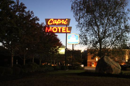 Capri Motel - Keep driving....