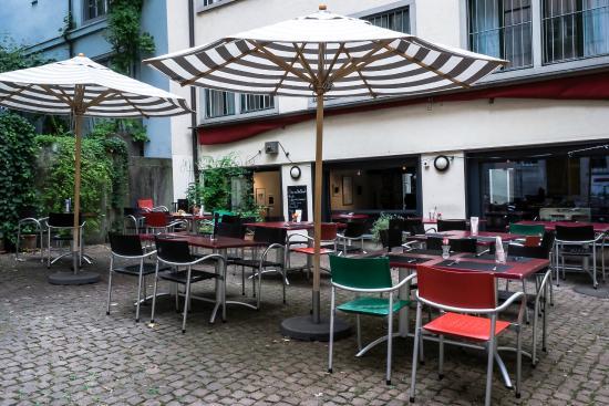 terrasse bild von kafi schoffel z rich tripadvisor. Black Bedroom Furniture Sets. Home Design Ideas