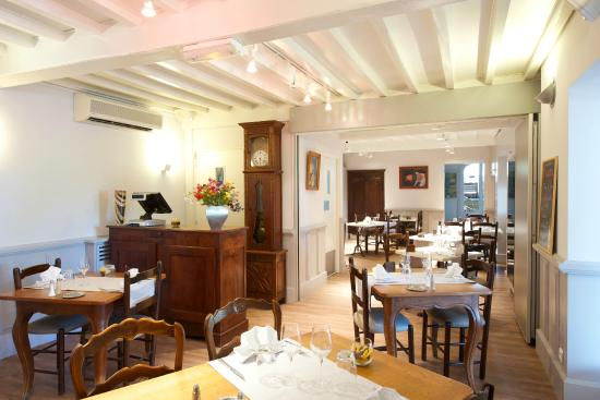 Berenx, ฝรั่งเศส: Salle à manger