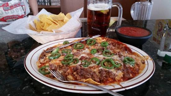 Lexington, โอไฮโอ: Mexican Pizza Thursday and Sunday at Los Jarritos