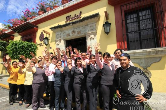 Hotel Oaxaca Real: Bienvenidos! Desde nuestra fachada.