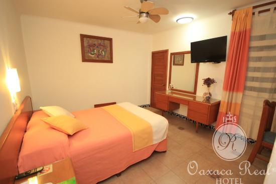 Hotel Oaxaca Real: Categoría Standar con 01 Cama Matrimonial.