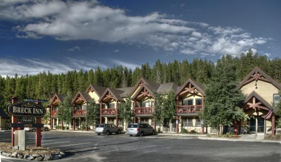 The Breck Inn Exterior