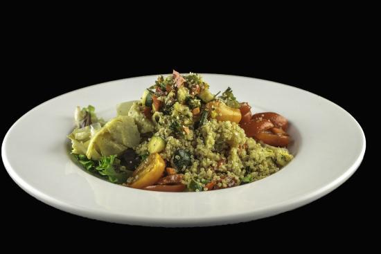 Pacific Prime Restaurant & Lounge: Quinoa and Hemp Salad