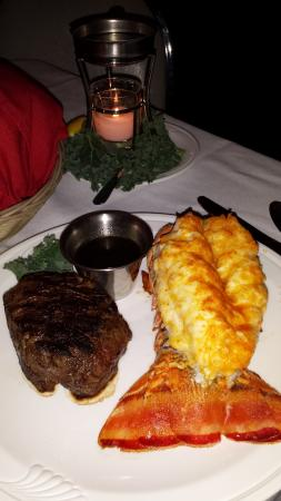 Waunakee, WI: Rex's Steak & Lobster