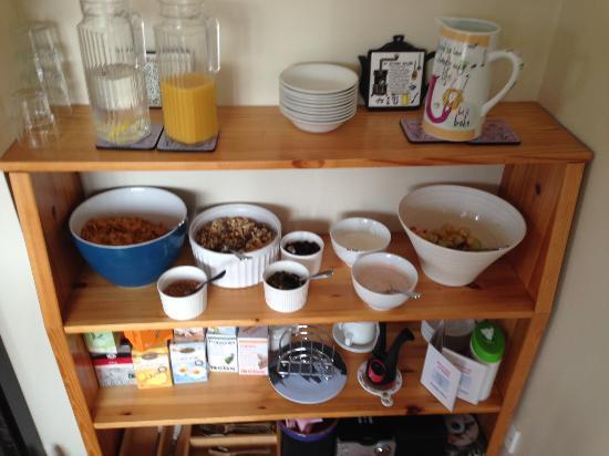 Prague House: Cold breakfast buffet