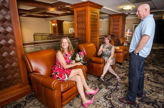 West Inn & Suites Carlsbad: Seasonal Corporate Pour