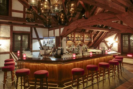 Bar Theke bartheke picture of chalet bar merlischachen tripadvisor