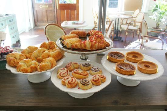 Cafe M: Freshly baked french pastries and pies