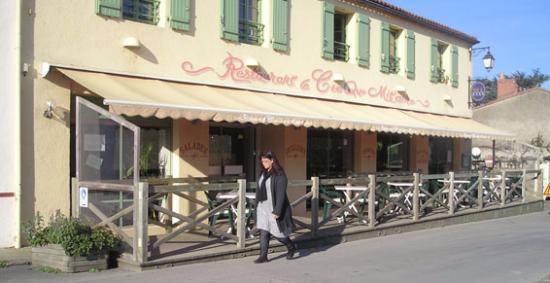 Le croque mitaine : La façade du Restaurant