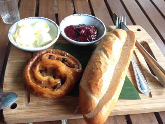 Villagian Samui: Coffee Cafe - Excellent coffee, danish and baguette