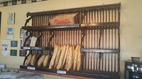 Frank's Bakery: 20151103_114707_HDR_large.jpg