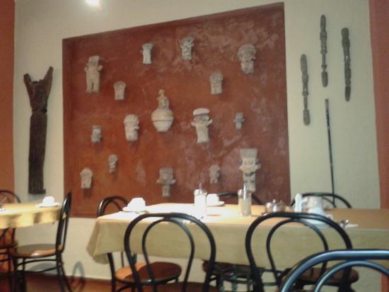 Hostal El Patio: Sala per la colazione