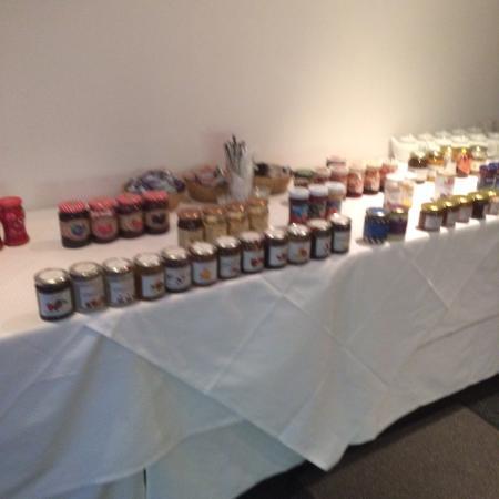 Geithain, Almanya: Marmeladenauswahl fällt schwer!