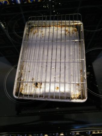 ‪‪Cap Estate‬, سانت لوسيا: We complained of no grill pan or oven pans.  They gave us this.‬