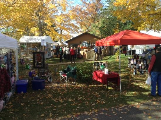 Deerwood, MN: Craft show just before it opened